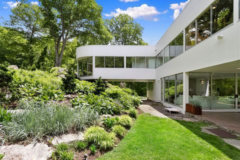 Westchester, NY Glass Mansion