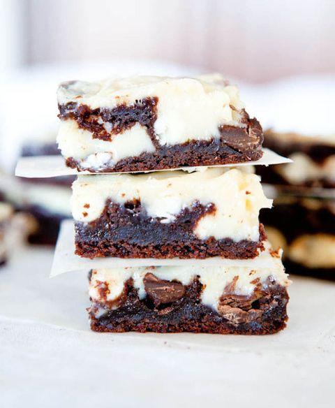 white and dark chocolate cream cheese cake bars