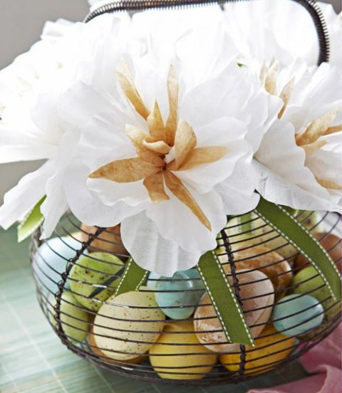 easter egg wire carrier with flower