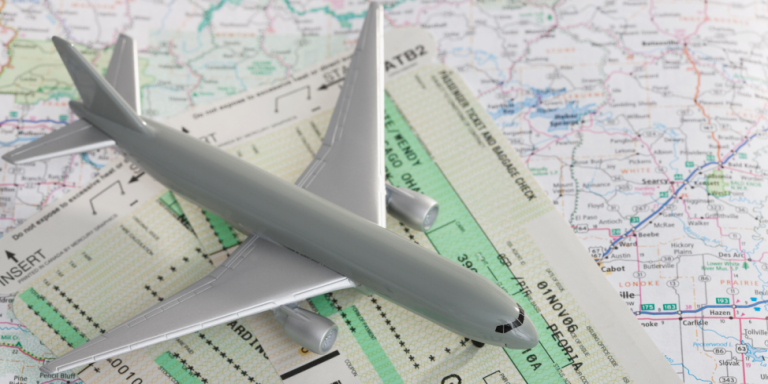 Here's the Best Time to Book a Plane Ticket