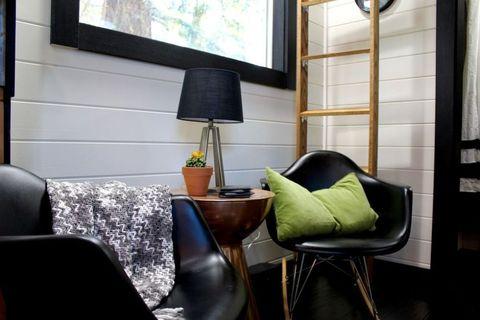 Room, Interior design, Furniture, Wall, Living room, Interior design, Home, Fixture, Pillow, Throw pillow,