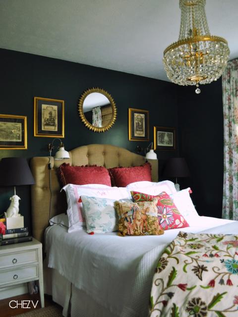 Room, Interior design, Lighting, Textile, Furniture, Bed, Wall, Linens, Bedding, Bedroom,