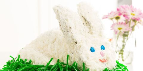 Make This Easter Bunny Cake and Watch People Lose Their Minds Over It