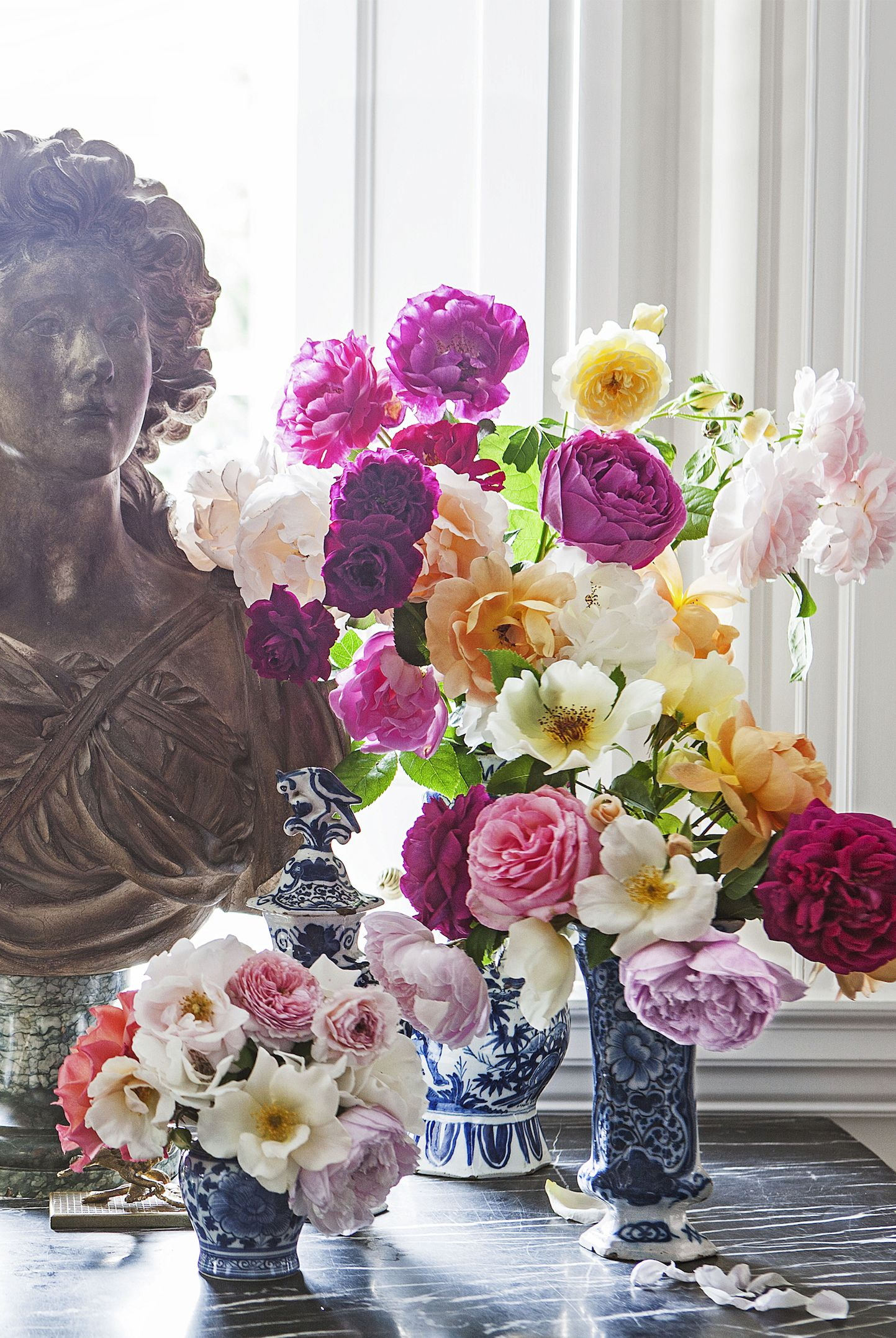 54 Flower Arrangements That'll Instantly Cheer Up Any Room