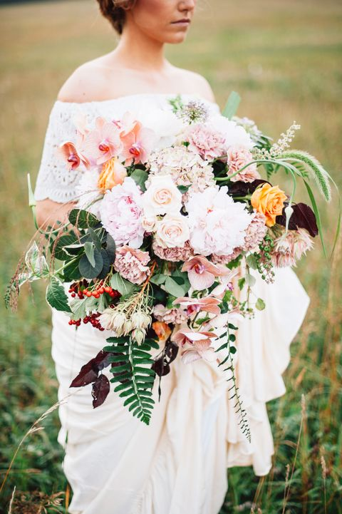 Clothing, Petal, Bouquet, Dress, Flower, Photograph, Wedding dress, Bride, Cut flowers, Tradition,