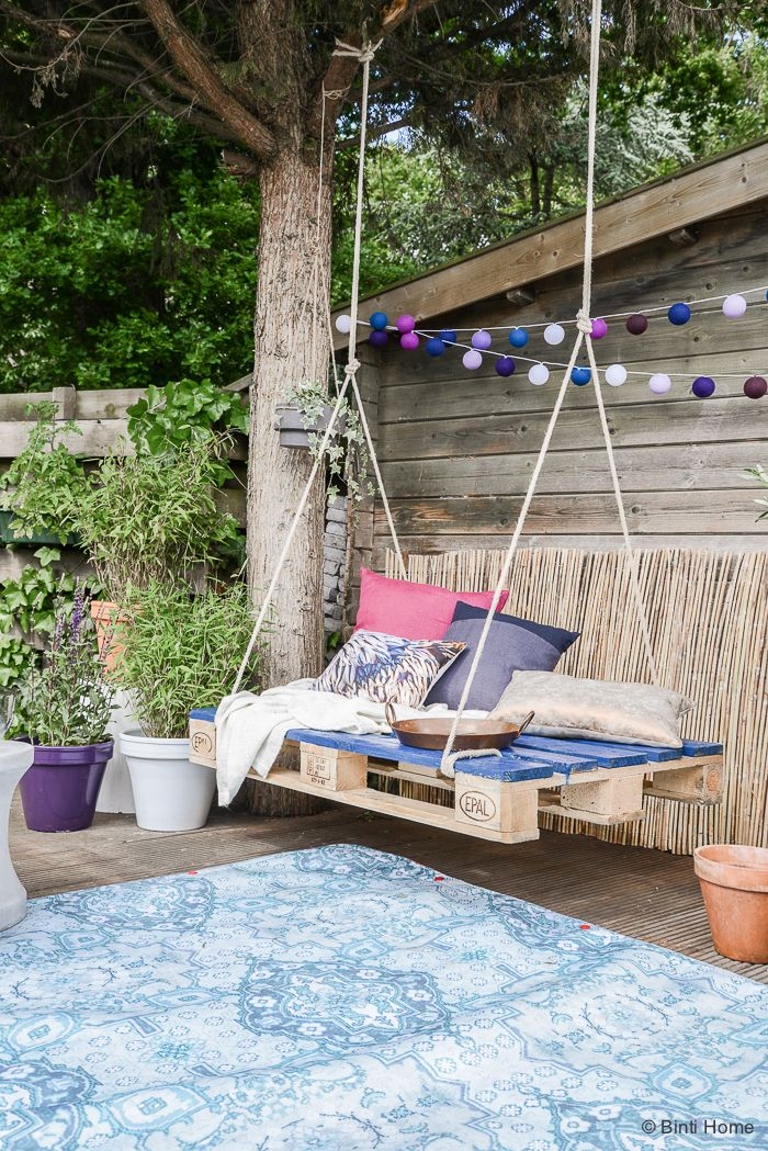 Picture of: Outdoor Swing Diys How To Make An Patio Swing