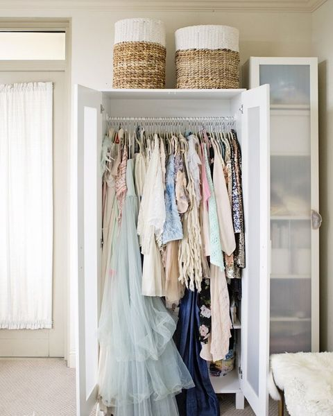 14 Small Bedroom Storage Ideas How To Organize A Bedroom With No