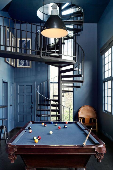Indoor games and sports, Wood, Pool, Lighting, Room, Interior design, Billiard table, Billiard room, Recreation room, Billiard ball,
