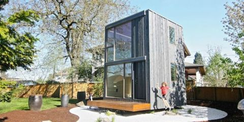 This Tiny House's Brilliant Feature Lets It Soak Up As Much Sunlight As Possible