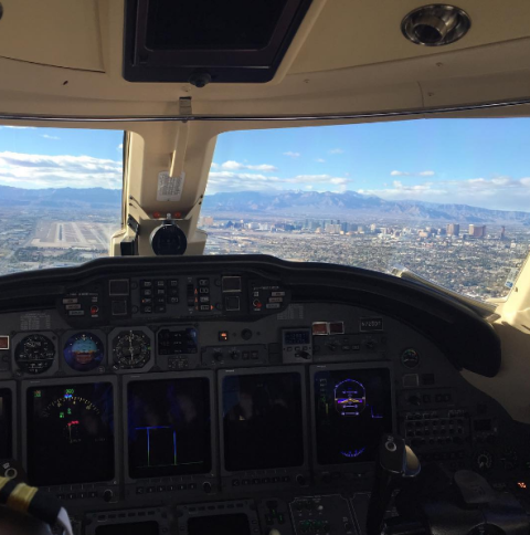 Air travel, Aviation, Cockpit, Flight instruments, Aerospace engineering, Flight, Aircraft, Mountain range, Airline, Service,