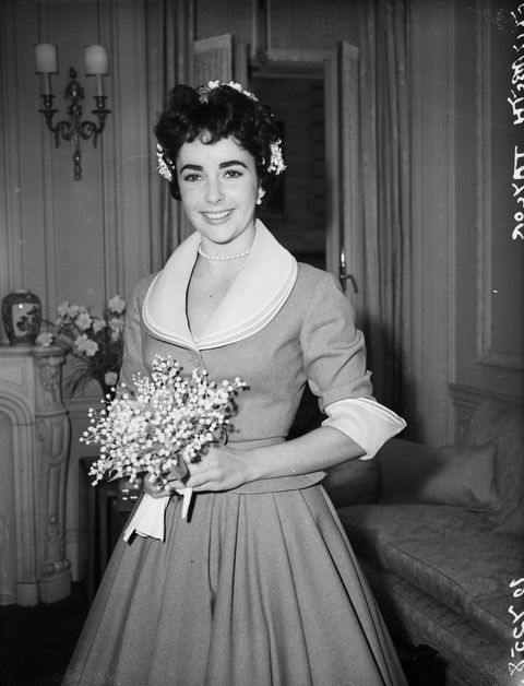 21st February 1952:  British-born actress Elizabeth Taylor on the day of her wedding to Michael Wilding.  (Photo by Fred Mott/Evening Standard/Getty Images)