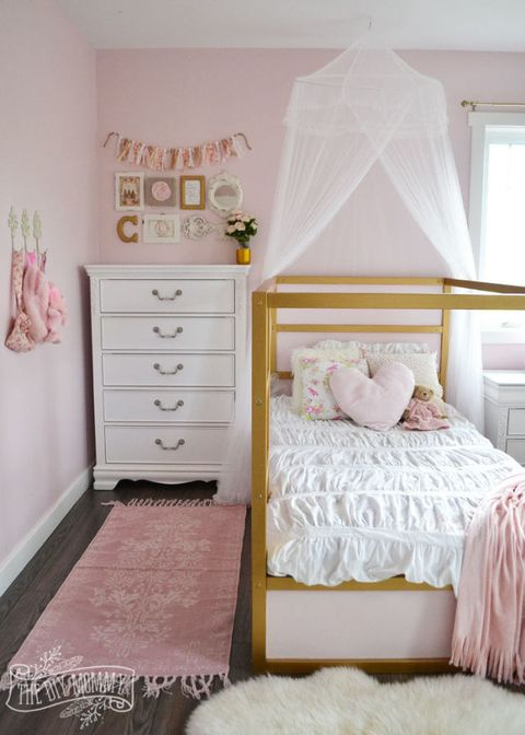 four poster princess bed