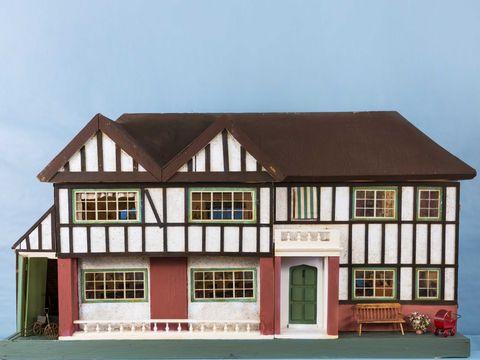 Brown, Window, Property, House, Facade, Home, Real estate, Roof, Door, Fixture,