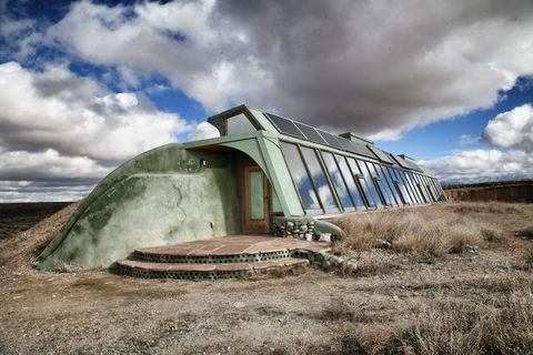 green buildings earthships