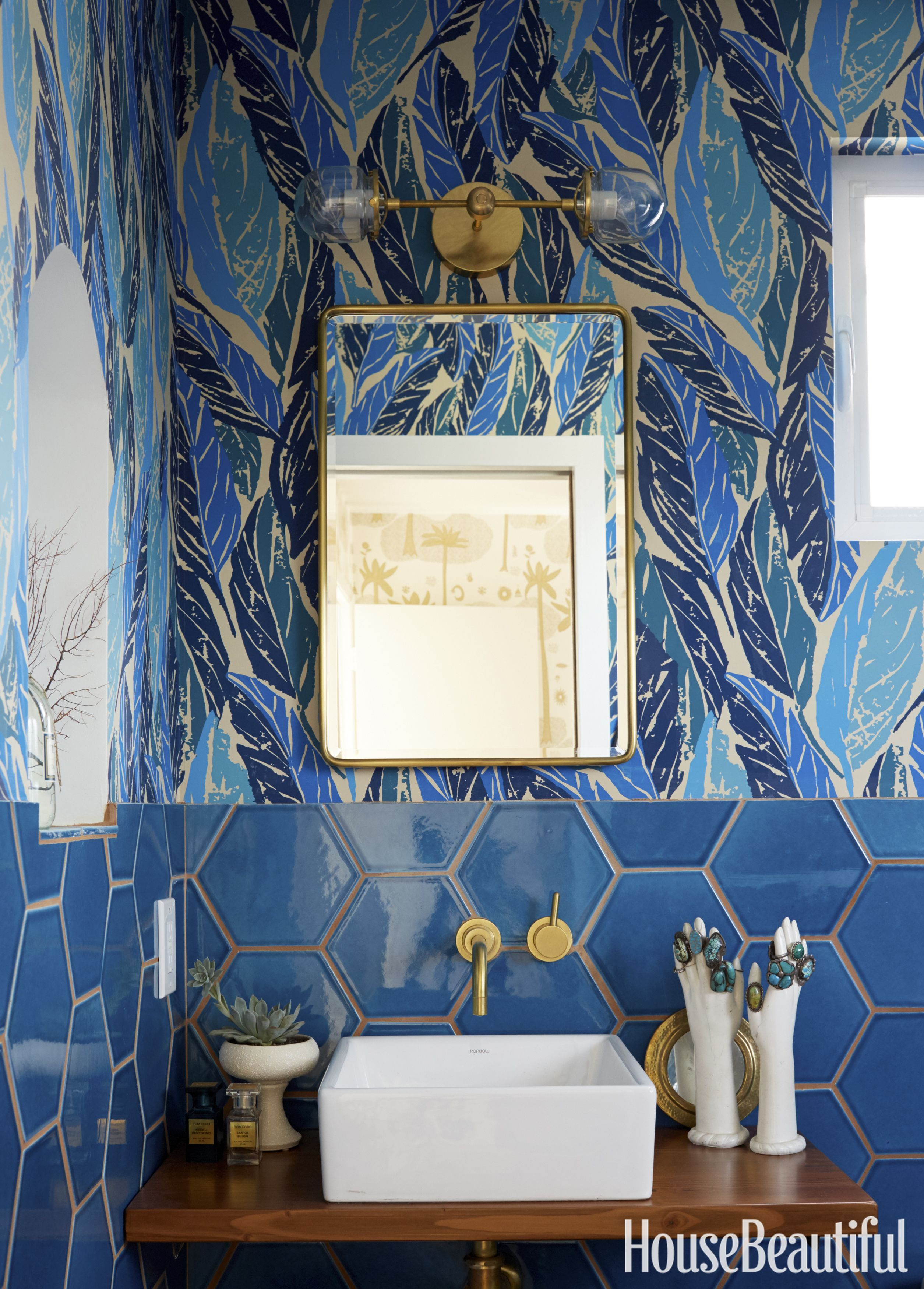 Image of: 12 Best Blue Bathroom Ideas How To Decorate Blue Bathrooms