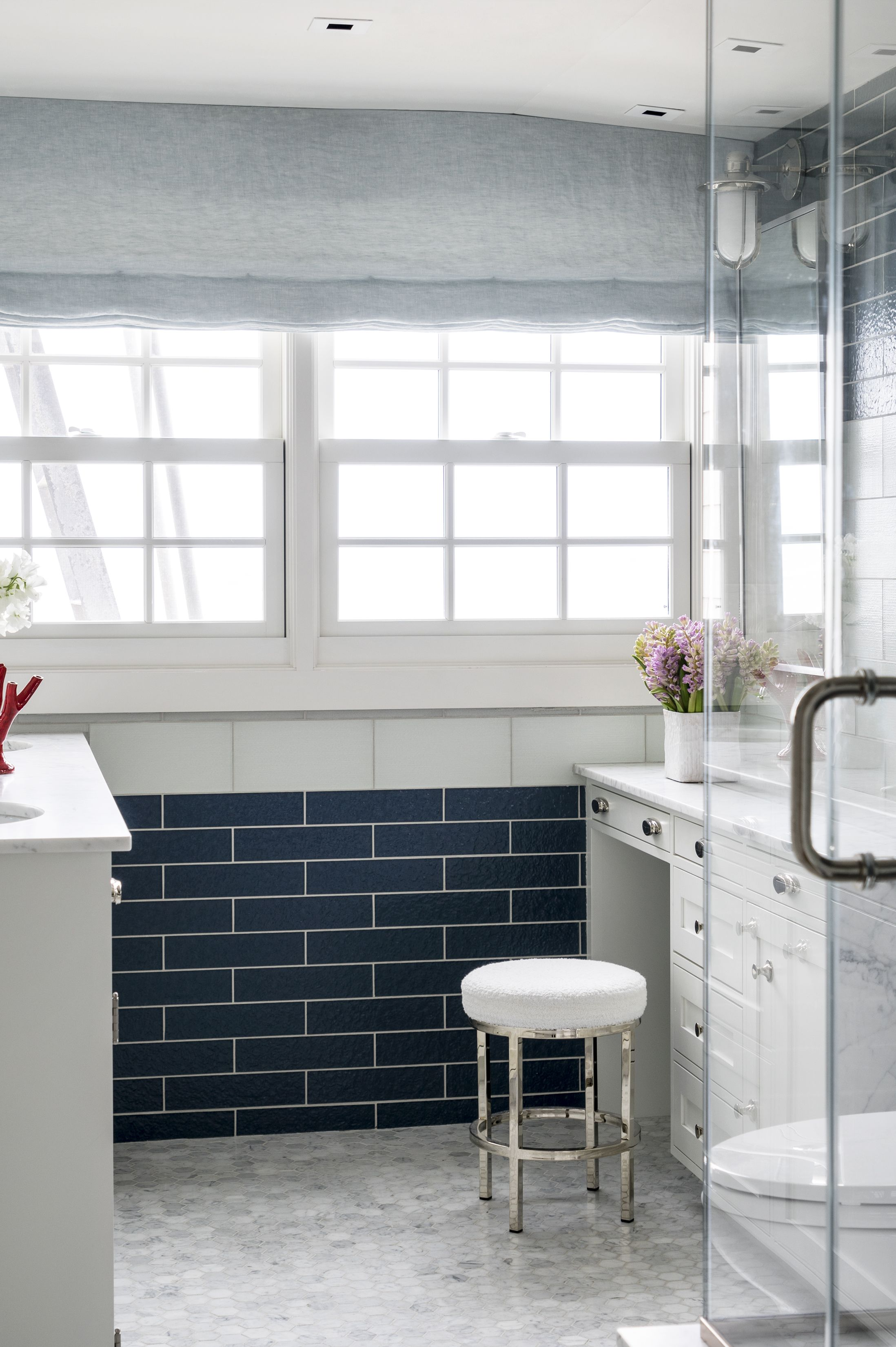 frank roop blue master bathroom