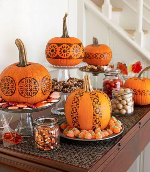 30+ Pumpkin Decorating Ideas for 2018 - Painted Pumpkin Designs for Halloween & 30+ Pumpkin Decorating Ideas for 2018 - Painted Pumpkin Designs for ...