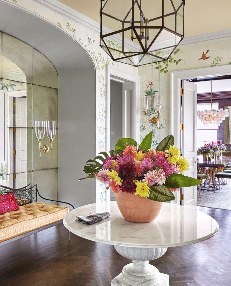 Elegant Foyer Furniture: The Best Foyer Decorating Ideas