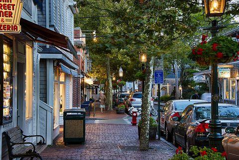 new england small towns: edgartown, massachusetts