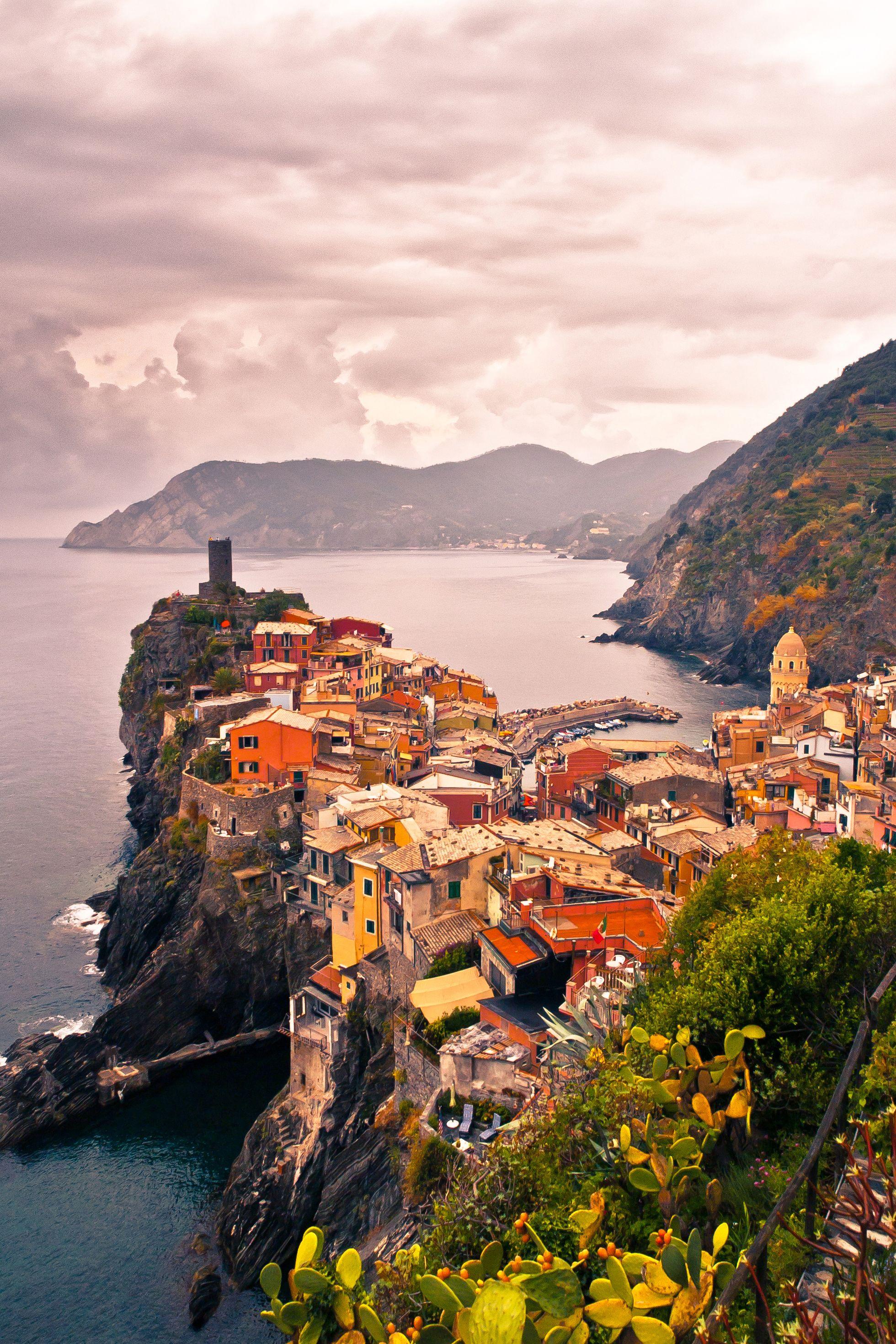 honeymoon destinations: cinque terre, italy