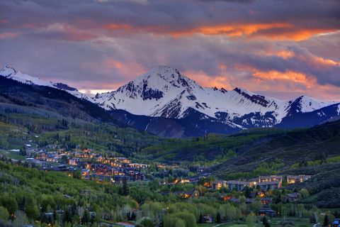 ski towns in summer: aspen mountain