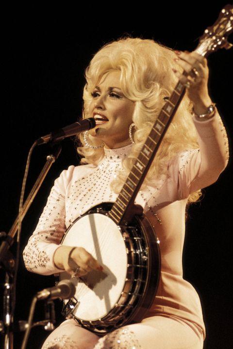 """<p>""""Make the hair as big as the banjo.""""</p>"""