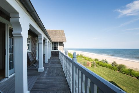 clintons, hamptons vacation homes with ocean views