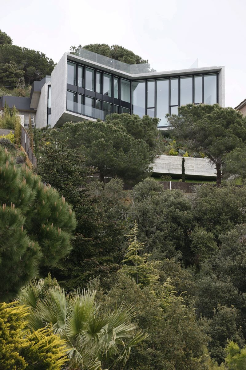 cliffside house: cabrils, spain