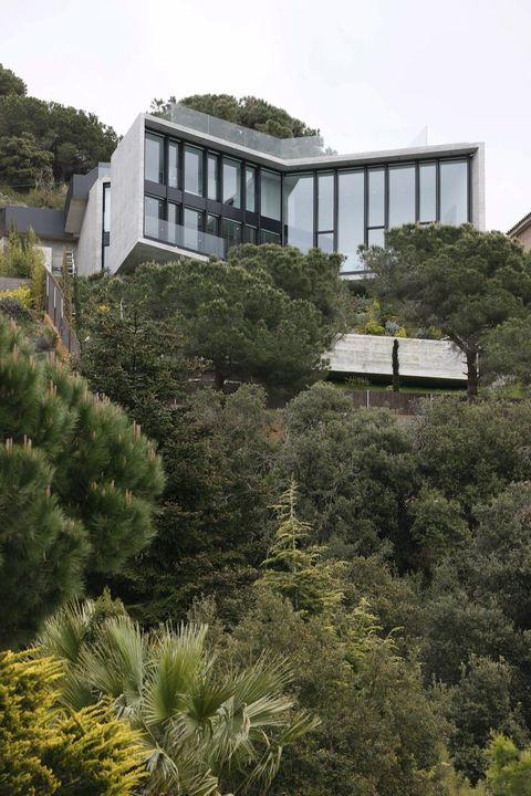 cliffside house: cabrils, spain