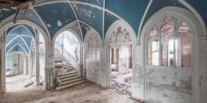 abandoned mansions in europe