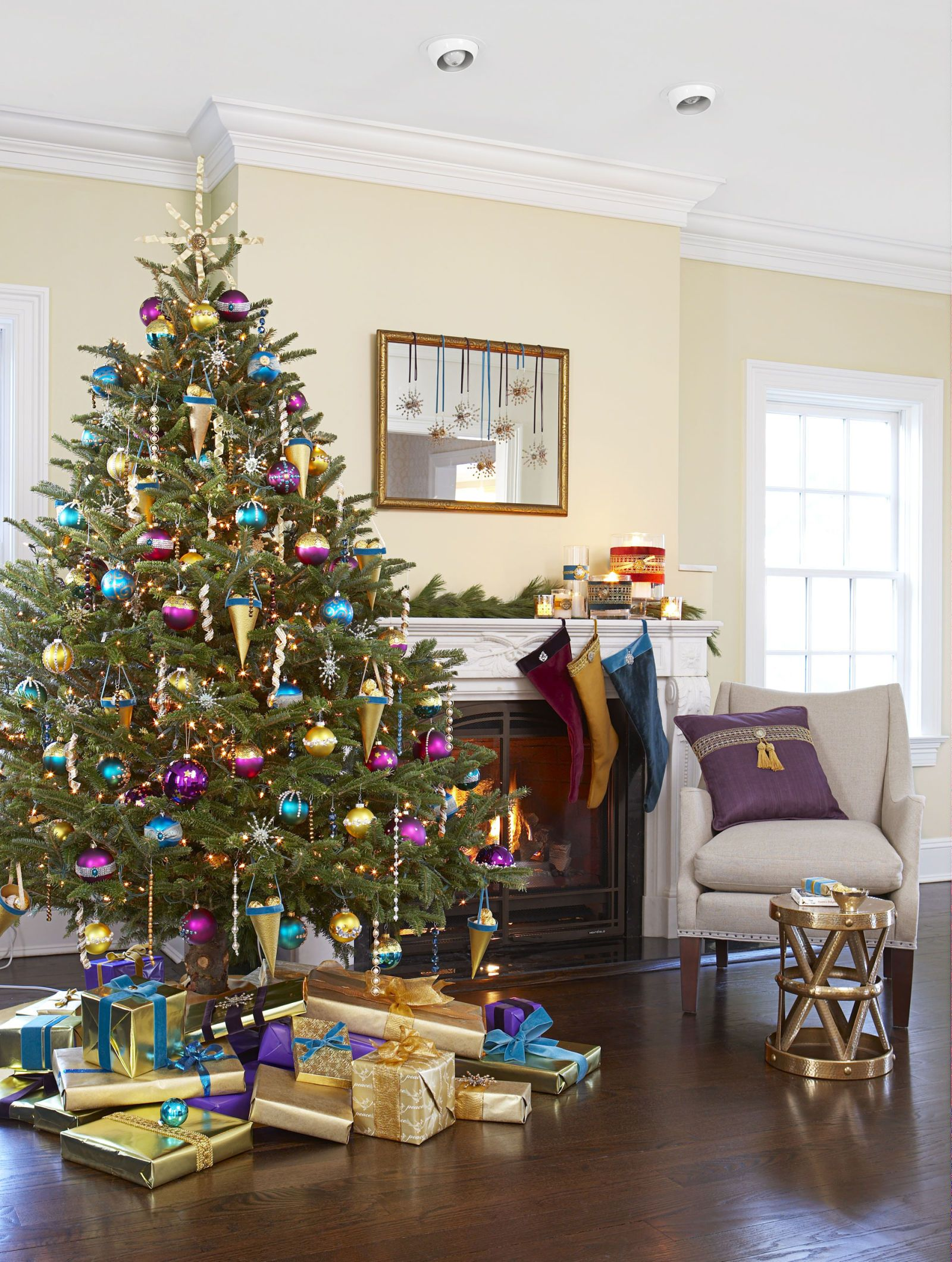 50 christmas tree decoration ideas pictures of beautiful christmas trees - Purple And Gold Christmas Tree Decorations