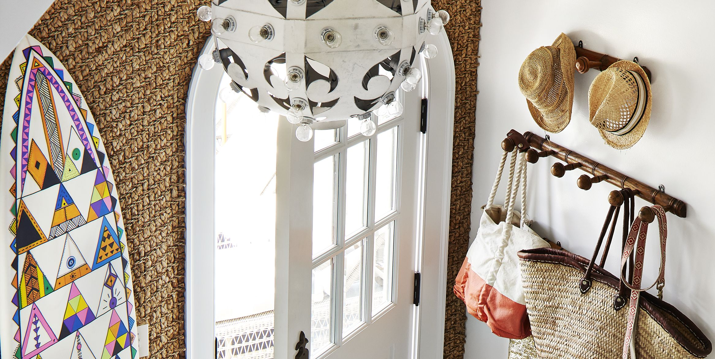 40 Amazing Foyers That'll Welcome You Home