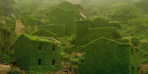 beautiful abandoned buildings