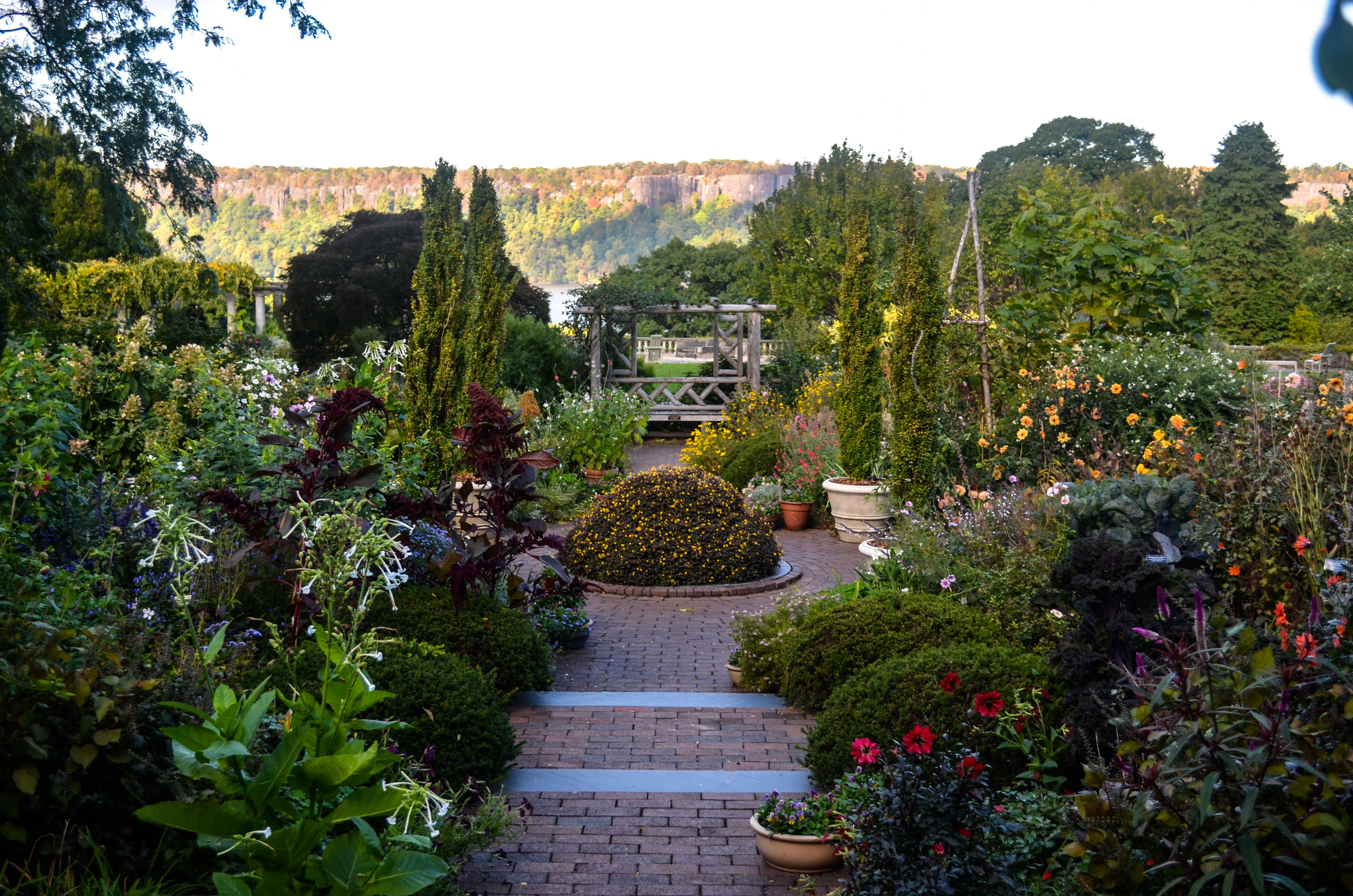Beautiful Public Gardens to Visit in Fall Best Public Gardens