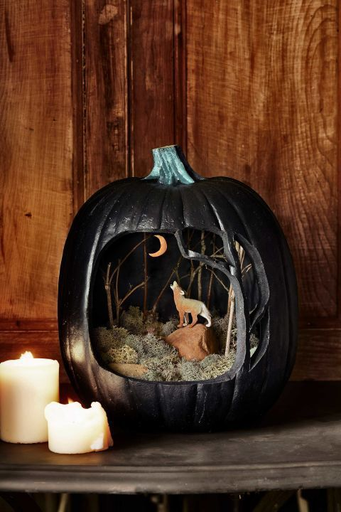 Pumpkin Dioramas Are This Year's Hottest Halloween Trend