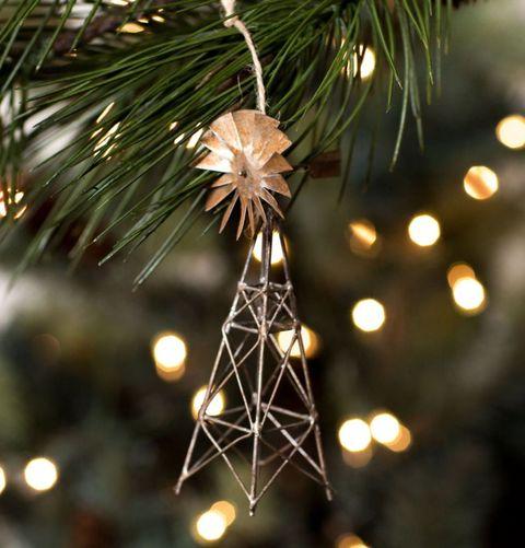 Light, Christmas decoration, Electricity, Christmas, Pine family, Conifer, Christmas lights, Ornament, Fir, oregon pine,