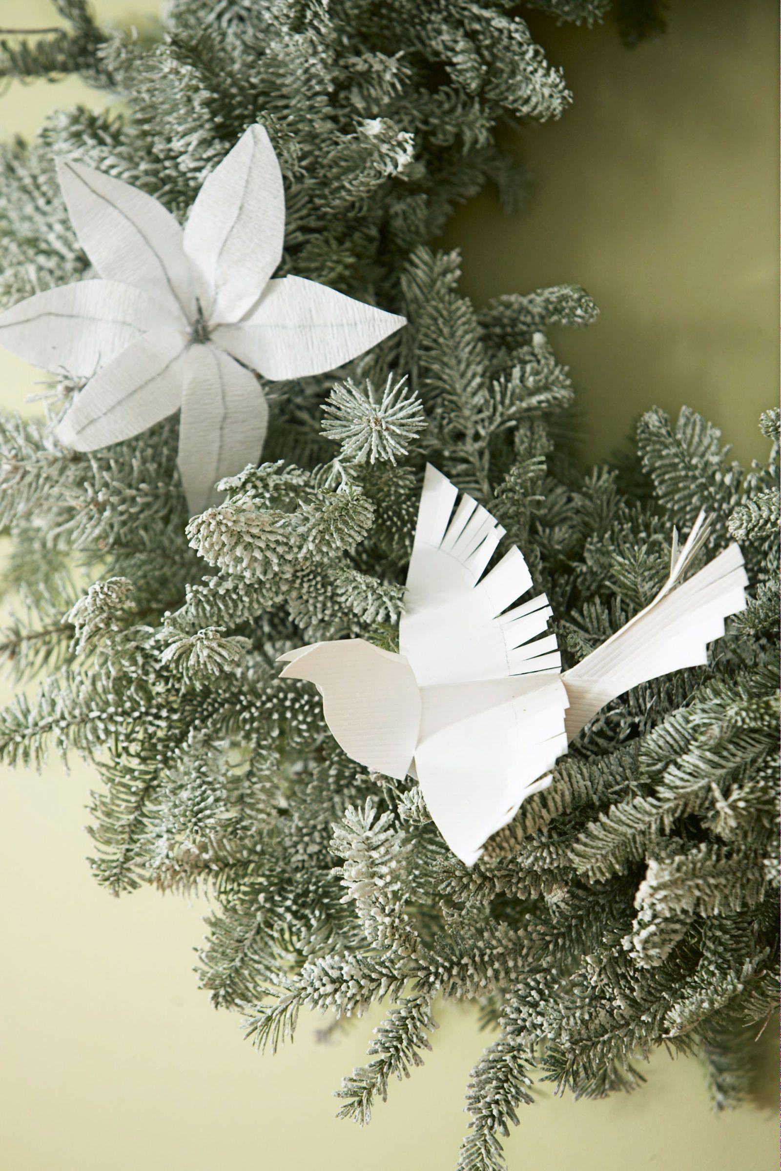 32 easy homemade christmas ornaments how to make diy christmas tree ornaments