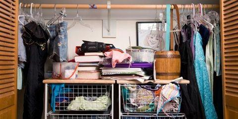 Textile, Clothes hanger, Shelving, Cage, Pet supply, Shelf, Boutique, Basket, Retail, Dog supply,