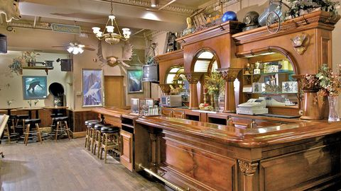Lighting, Interior design, Room, Ceiling, Interior design, Light fixture, Hall, Ceiling fixture, Chandelier, Molding,
