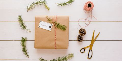 How To Wrap Christmas Gifts.How To Wrap A Christmas Gift Best Holiday Gift Wrapping