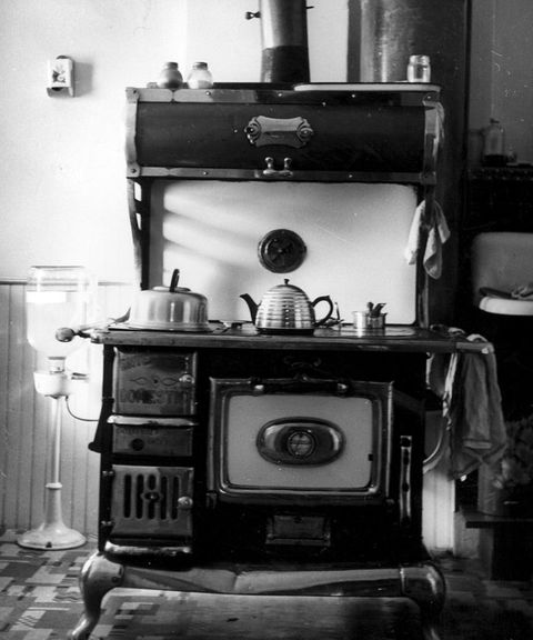 Room, Machine, Still life photography, Classic, Gas, Antique, Cabinetry, Still life,