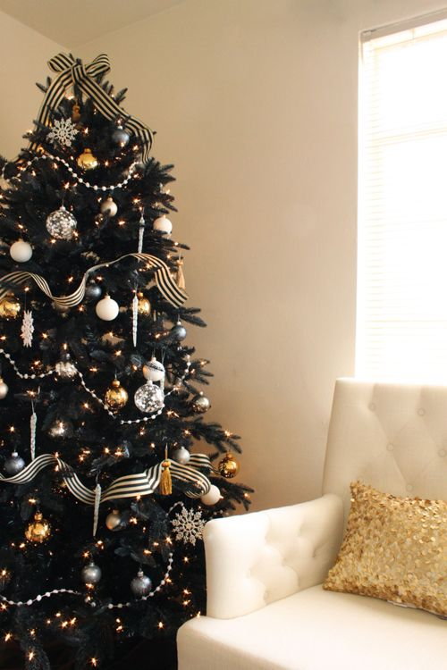 14 unique christmas colors for holiday decorating best holiday color schemes - Black Red Silver Christmas Decorations