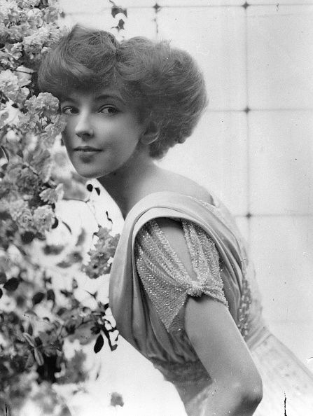 <p>Anita Stewart was a socialite and heiress who married Prince Miguel of Braganza in September 1909.</p>
