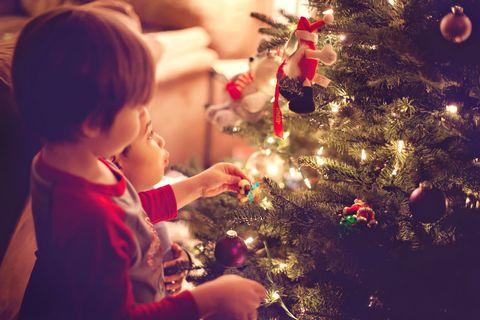 Christmas tree, Christmas ornament, Christmas, Tree, Christmas eve, Sky, Toddler, Child, Christmas decoration, Fun,