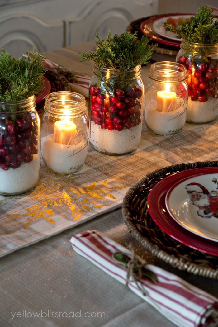16 best diy christmas centerpieces beautiful ideas for christmas table centerpiece - Cheap Christmas Table Decorations
