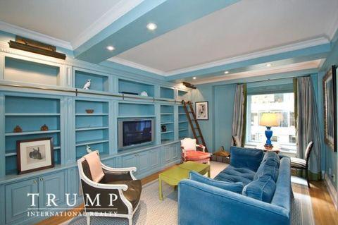 Blue, Room, Interior design, Green, Floor, Home, Ceiling, Wall, Living room, Teal,