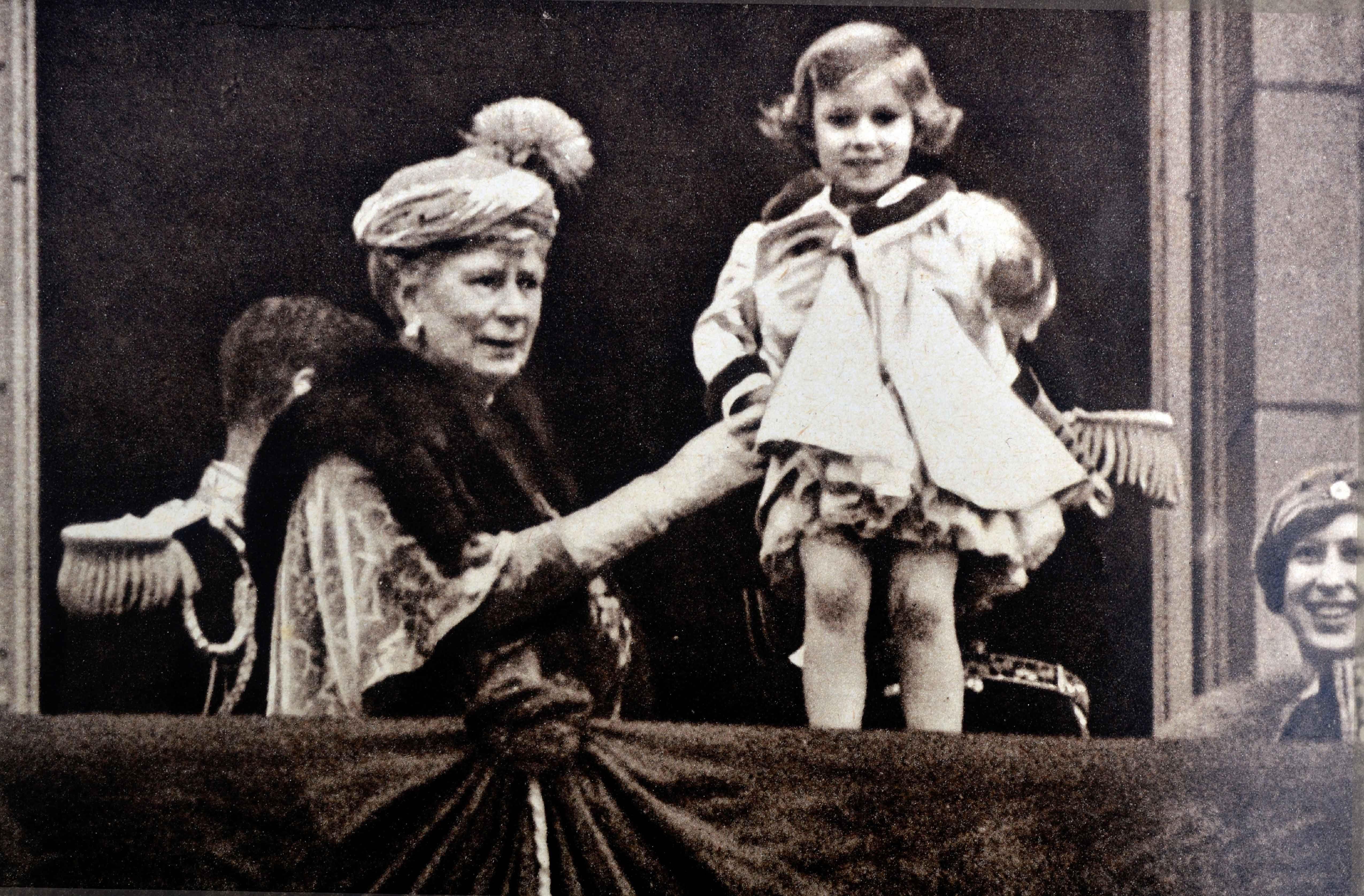 A Rare Look At Princess Margaret S Glamorous Life