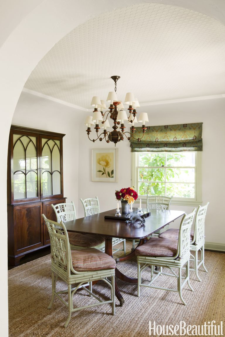 10 sage green paint colors that bring peace and calm - Colors that go with sage green ...