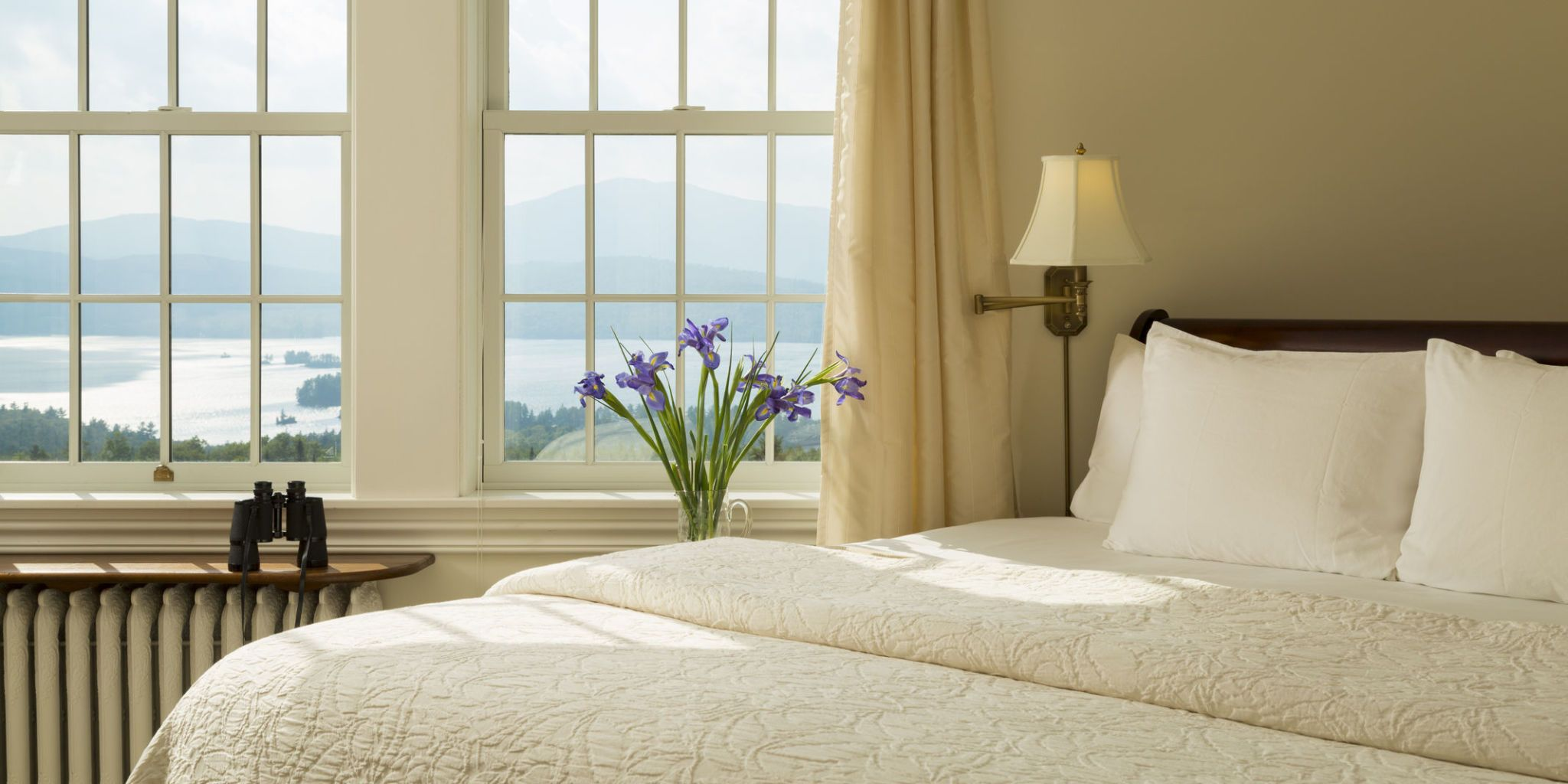 13 Interior Designer Tricks to Make Your Windows Look Bigger