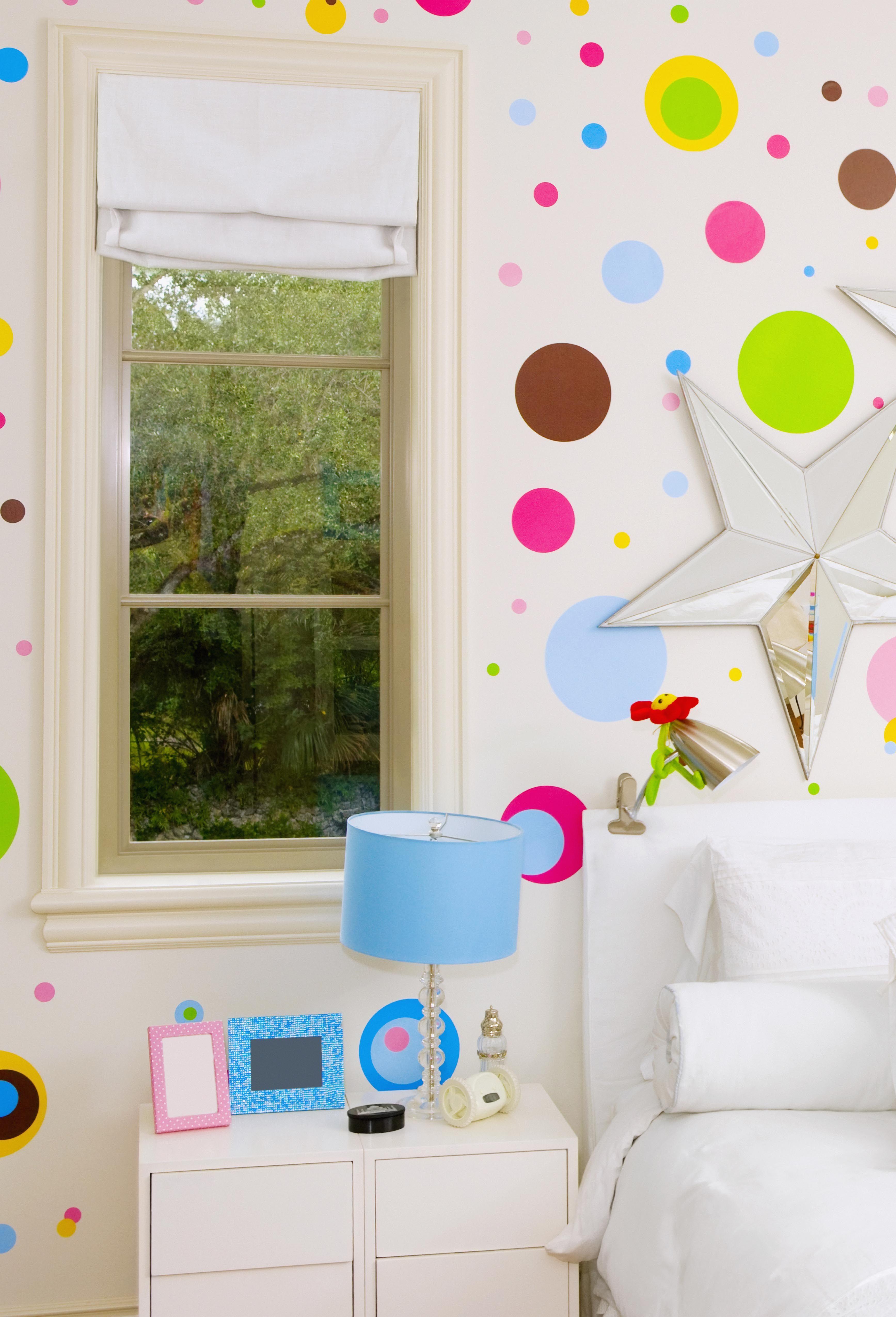 & Interior Designer Window Tricks - How to Make Windows Look Bigger